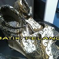 Sepatu Batik Wanita Wedges