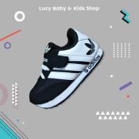 Sneakers Anak / Sepatu Olahraga Anak / Sepatu Anak Murah Putih Hitam