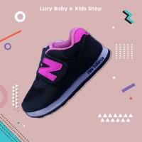 Sneakers Anak / Sepatu Olahraga Anak / Sepatu Anak Hitam Pink Murah