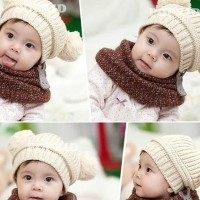 Topi Rajut Bayi Dua Bola /Topi Anak /Baby Hat - Putih