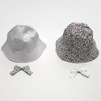 Topi Bundar Bayi Dan Anak Perempuan Bolak Balik