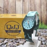 Q&Q QQ QnQ Analog Jam Tangan Wanita Karet Hijau VR99J010Y Original