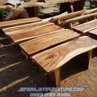 bangku kayu trembesi solid , kursi panjang , bangku taman