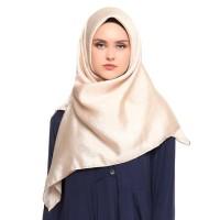 Hijab LU Organza Shimmer Square - Nude