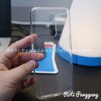 OPPO F11 Case Transparant Clear TPU Softcase Premium 2mm