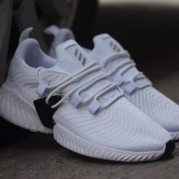 NEW !!! Sepatu Running Pria Adidas Alphabounce Instinct