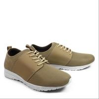 sepatu casual pria walkers tiga cream sneakers kets
