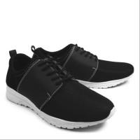 Sepatu Pria Casual Sneakers Kets Walkers Tiga Hitam
