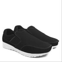 Sepatu Pria Casual Slop Walkers Fujin Hitam Slip On Santai