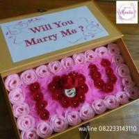 kotak bunga isi box cincin i love u