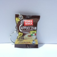 miniatur Snack /Gantungan kunci unik/miniatur makanan/kitkat bites