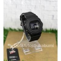 Jam Tangan Pria G-Shock DW 5750E 1BDR Rubber Strap