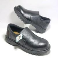 Sepatu Safety Ujung Besi KR-10
