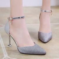 Sepatu High Heels Ujung Lancip dengan Hiasan Sequin untuk Pernikahan