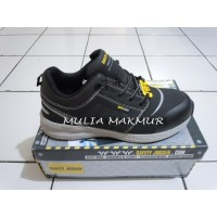 Sepatu Safety Jogger Rocket81 S1P Black Uk 45, 46