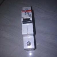 mcb merk ABB C20 230 VAC /400V 4500
