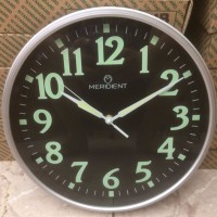 Jam Dinding Meridient Glow in the Dark Menyala di dalam Gelap Sweep ho