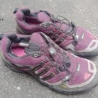 Sepatu Outdoor Adidas Second Original