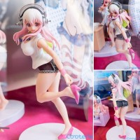 PVC Super Sonico - Going out Time ver. (20cm) By FuRyu