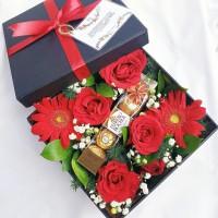 Flower Box / Bloom Box + Chocolate Ferrero Rocher