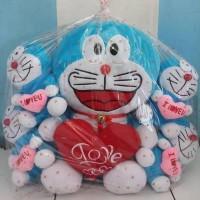 Boneka beranak love doraemon