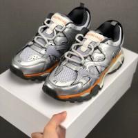 sepatu Balenciaga Triple-S Sneaker import original