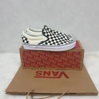 Sepatu Vans Slip On Classic Checkerboard 100% Original Global
