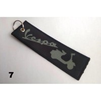 Gatungan kunci motor keychain sublim remove before flight Vespa black