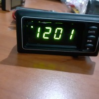 Jam digital mobil vrs Kijang grand