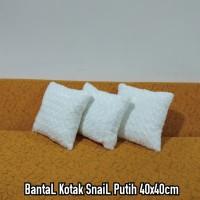 Set BantaL Kotak Snail Putih