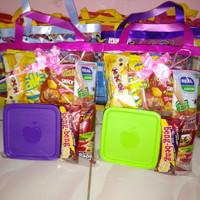 Paket souvenir ulang tahun Snack dan kotak makan