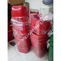 tempat sampah fiberglass b3 merah