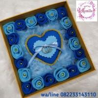 bantalan tempat cincin love dalam kotak kado hadiah flower box unik