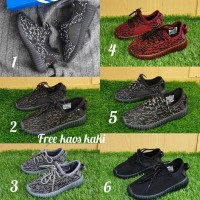 Adidas Yezzy size 31 - 35 sepatu anak olahraga sport running sekolah