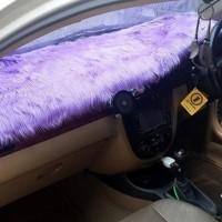 Alas Bulu Cover Penutup Dashboard Mobil Bulu Panjang Warna Ungu Muda