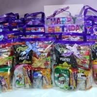 Paket souvenir ulang tahun Snack dan tumbler