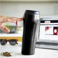 [HITAM] Mighty Mug / Botol Ajaib Anti Tumpah Termos Gelas Tumbler H331