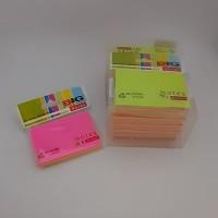stick notes tumpuk warna warni