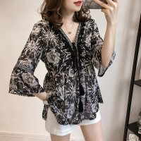 Loose Cut Model Women Blouse with Bohemian Stylish Floral and Collar M