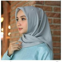 Hijab segiempat satin pearl