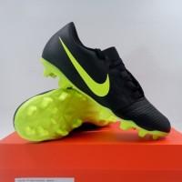 Sepatu Bola Nike Phantom Venom Club FG Black Volt AO0577-007 Original