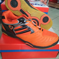 sepatu badminton Hart