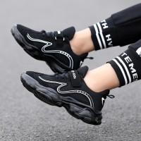 Sepatu Sport Anak Laki-laki / Perempuan Anti Slip Warna Hitam untuk