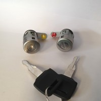 1 Set Door Key Set Kunci Pintu ColtDiesel Canter (Kiri & Kanan)