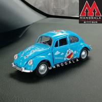 Pajangan Miniatur Diecast Mobil Doraemon VW Beetle