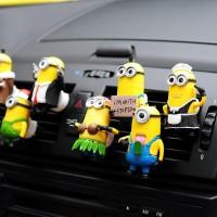 Parfum Pengharum Mobil Karakter Minion Family