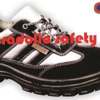 Sepatu Safety /Safety Shoes KENT MADURA