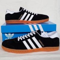 Sepatu Adidas Hamburg black white 2