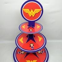 cupcake stand wonder woman / cupcake tier wonder woman