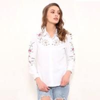 Kemeja Wanita Lengan Panjang Model Slim Motif Bordir Bunga Warna Putih